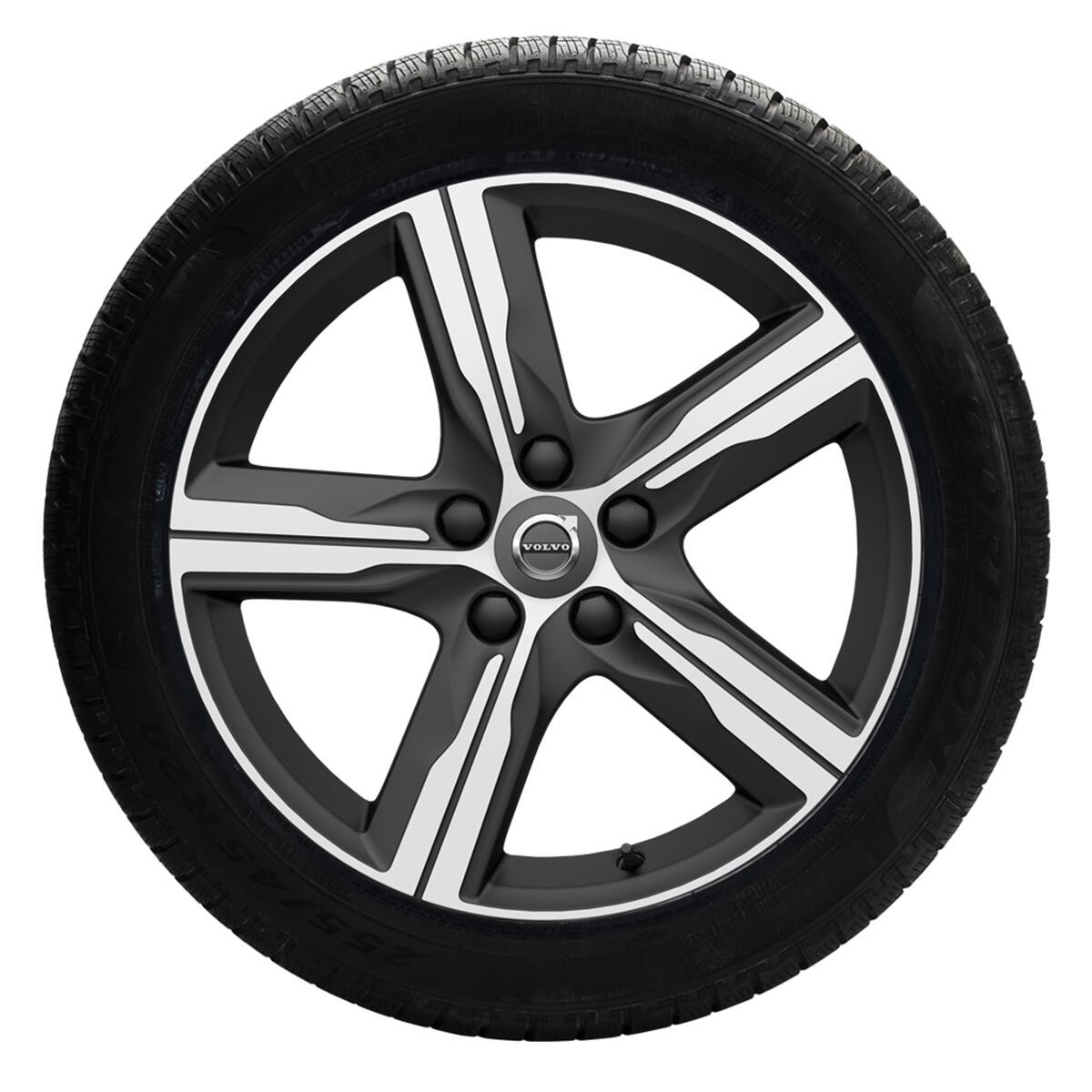 Komplet zimskih koles 43,18cm (17''); pnevmatike Pirelli