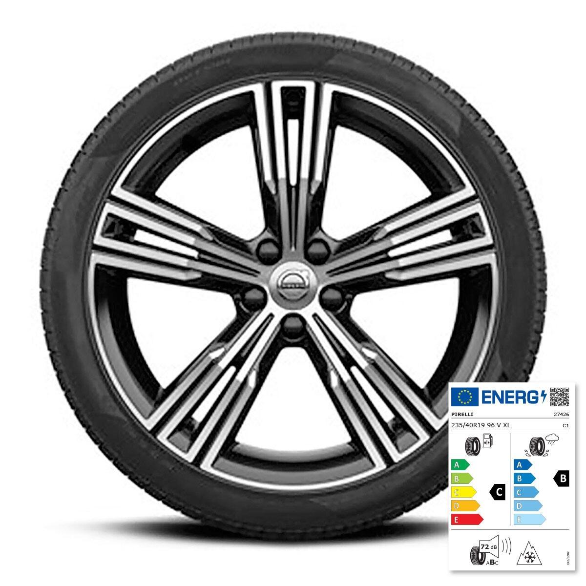 Komplet zimskih kotača:  19'', gume Pirelli